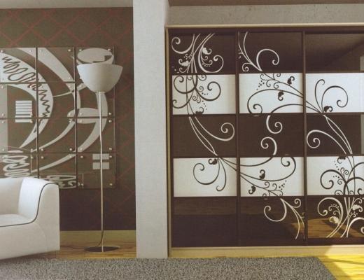 Шкаф купе пескоструйный рисунок крашеный в два цвета