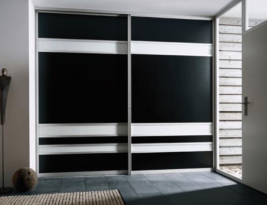 Шкаф купе пластик чёрный ARPA и стекло белое тонированное плёнкой