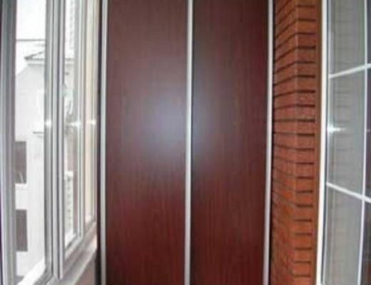 Встроенный шкаф купе на балкон ЛДСП
